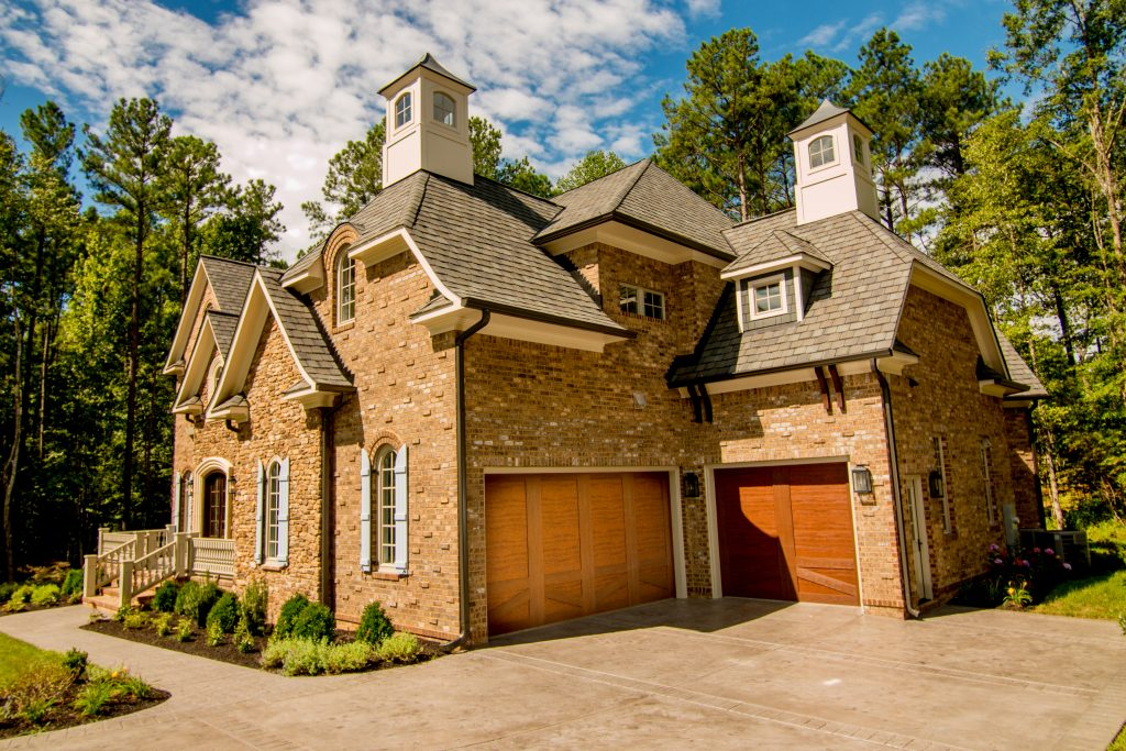 Residential Garage Door Richmond VA | Amelia Overhead Doors | (804) 561-5979